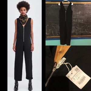 Zara trf sleeveless front zipper black jumpsuit